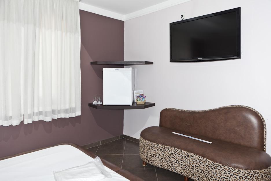 19love-hotels-2010_photographs