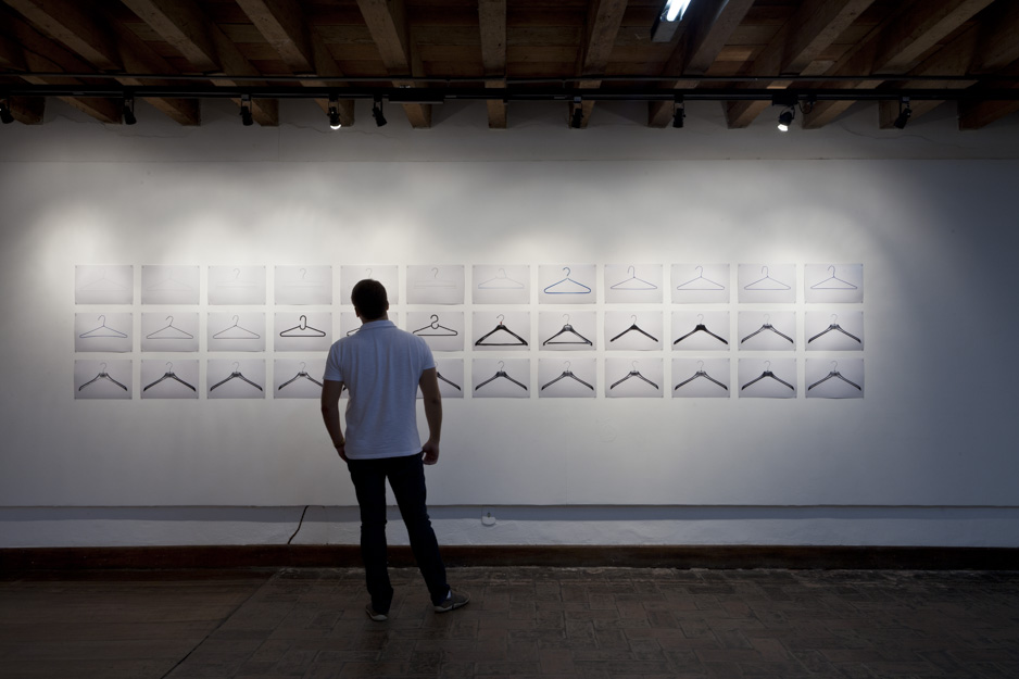 4dads-suicide-2007-2011_installation-view