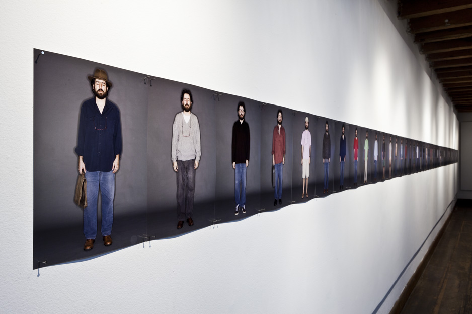 5dads-suicide-2007-2011_installation-view