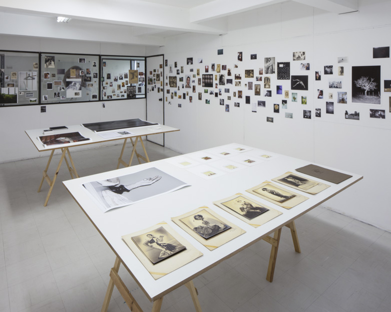 8its-all-related-2015_installation-view